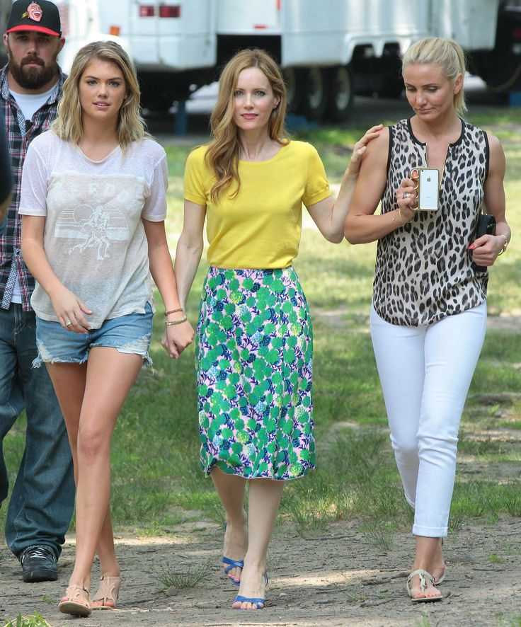 Obsessed with Cameron Diaz's character in The Other Women...I NEED HER WARDROBE!