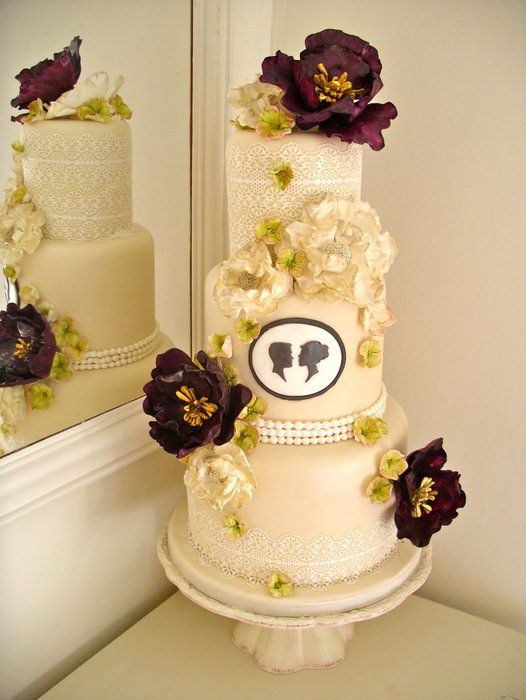 The 25 best Victorian wedding cakes ideas on Pinterest Rosebud