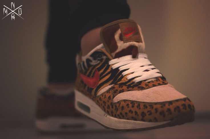 "Just me showing my animals  NIKE AIR MAX 1 SUPREME ""animals"" ATMOS"