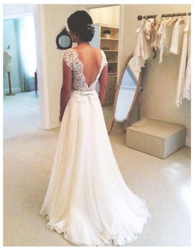 788e390ee9ee Pin tillagd av Brudklänningar på Brudklänningar i 2019   Bröllopsklänning,  Bröllop och Drömbröllop