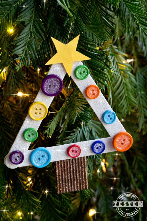 You are going to LOVE creating these DIY Kids Christmas Tree Ornaments! This is a quick and easy craft for you and your kids to make in under an hour. They will look darling on any Christmas tree!