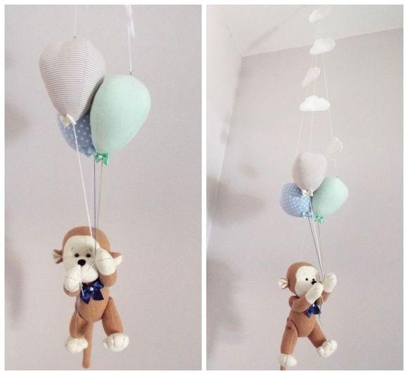 Móbile Macaquinho com balões  macaco, macaquinho, tema macaquinho, móbile macaquinho, decoração macaquinho, safari, baby safari, quarto safari, móbile de teto, móbile balões, quarto de bebê, decoração de quarto de menino, baby boy, monkey, balões, tema balões
