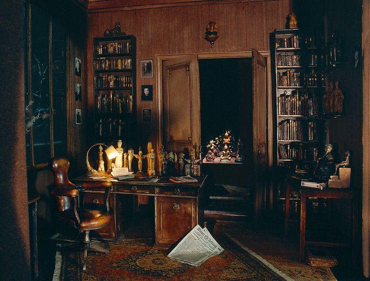 Resultat De Recherche D Images Pour Cabinet De Psychanalyste Theatre Cabinet Theatre Images