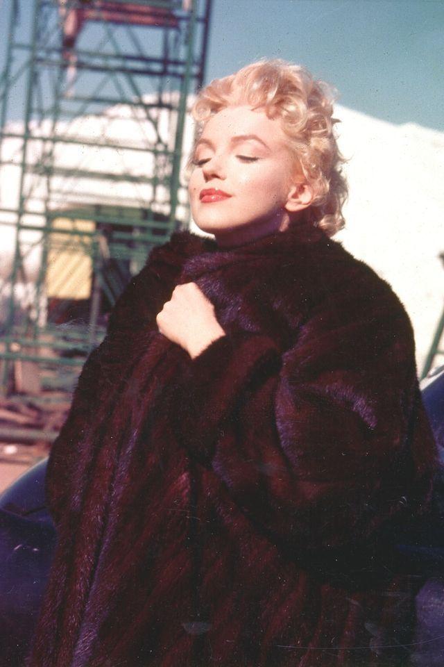 Marilyn Monroe's Most Glamorous Moments - Marilyn Monroe Photos