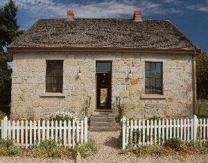 Rosny Cottage near Hobart