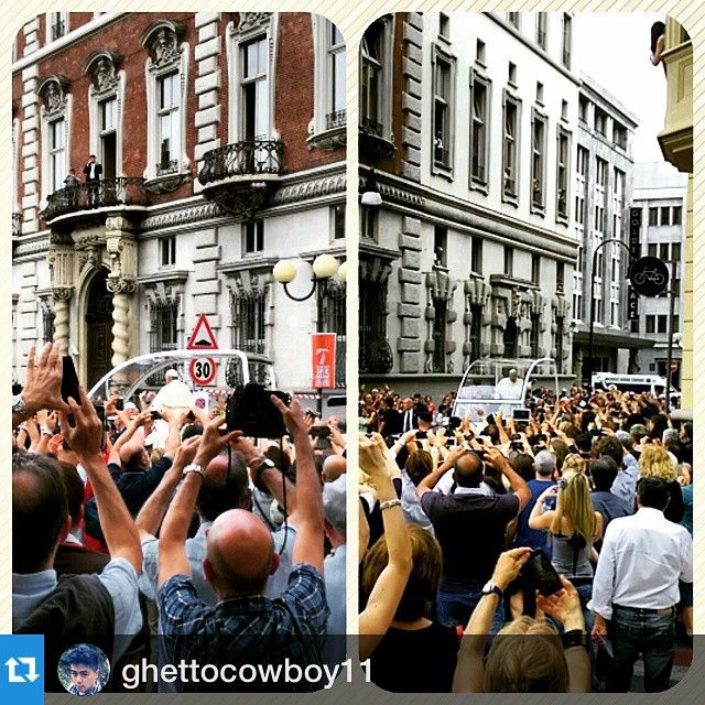 cittaditorino #Repost ghettocowboy11 So this just happened!! I saw the pope #benvenutofrancesco #pope #turin #torino #lucky #righttimerightplace