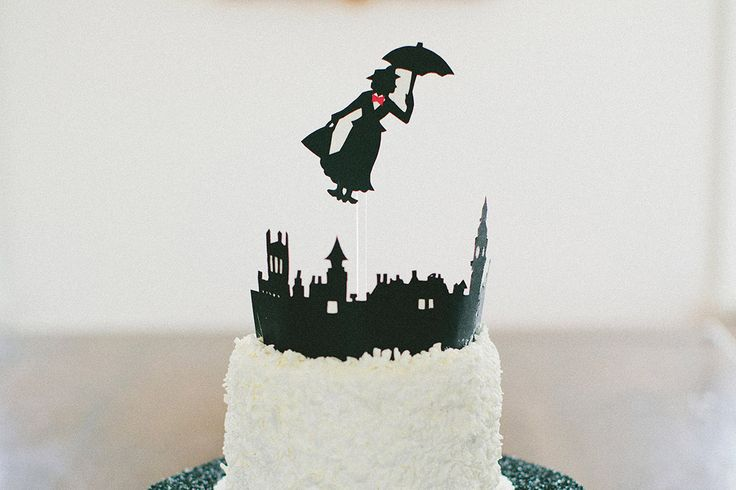 Oh, literary birthday parties! // Braelyn's Mary Poppins Themed 4th Birthday Party | The Little Umbrella