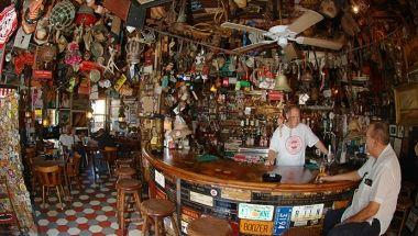 Charlie's bar Aruba in één oogopslag