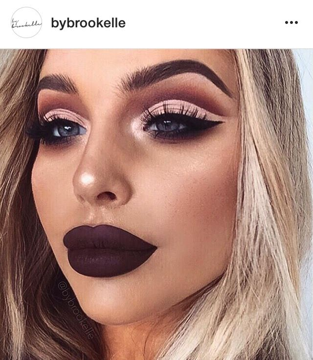Another mua I'm obsessed with on Instagram @bybrookelle