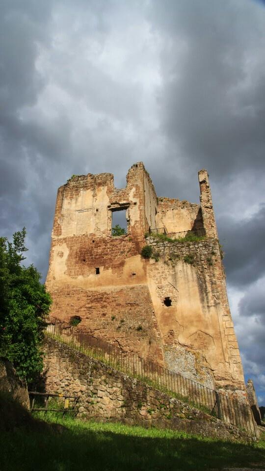 Monterano Castle tower, Italy. Photo by Piero Persello #ruins #ghost #city #countryside #set #film more info: http://it.wikipedia.org/wiki/Monterano
