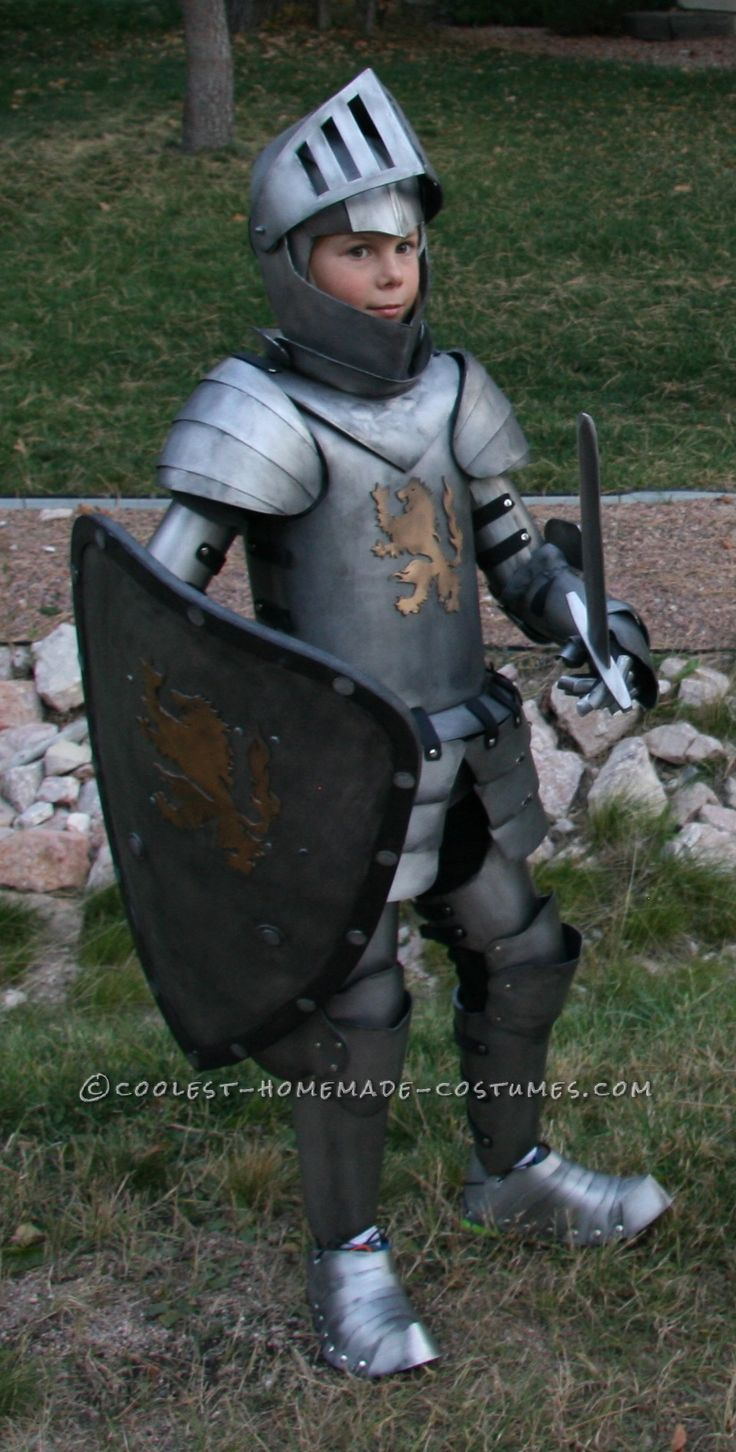 coolest kids medieval knight diy halloween costume - Coolest Kids Halloween Costumes