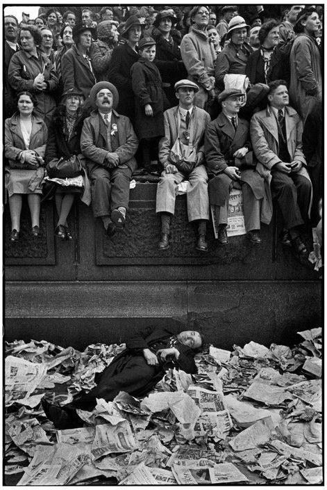 Henri Cartier-Bresson :: Coronation of King George VI, London, 12 May 1937