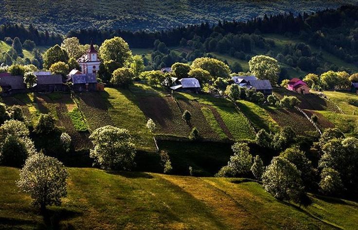Plesa village, Romania, by Sorin Onisor