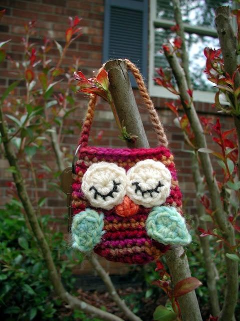 Crochet owl mini purse