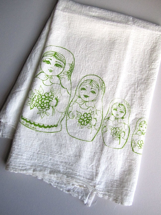 Screen Printed Organic Cotton Nesting Dolls Flour Sack Towel   Soft And  Absorbent Kitchen Dish Towel   Eco Friendly