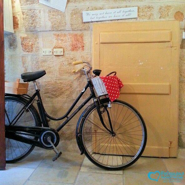 "What is the first thing you do when you go out?"" ""I take the bike""  https://www.instagram.com/p/BDVkZ4fAx8B/  #polignanomadeinlove #ilovepolignanoamare #ilovebike #life #love #bike #beauty #spring #WeAreInPuglia #polignanolovers #facciamoloinbici"