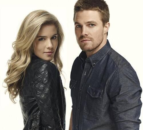 Emily Bett Rickards & Stephen AmellBette Rickards, Amell Olicity, Olicity Stemili, Arrows Olive Queens, Arrows Caves, Arrows Stephen Amell, Arrows Flash, Soooo Buff, Emily Bette