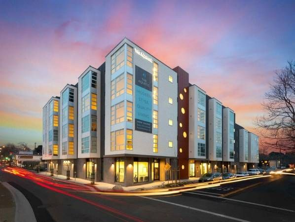 Nice Looking Complex Near Berkeley Free Ac Bay View Entry Gates
