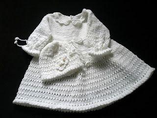Alicjowe cudeńka: sukienka do chrztu