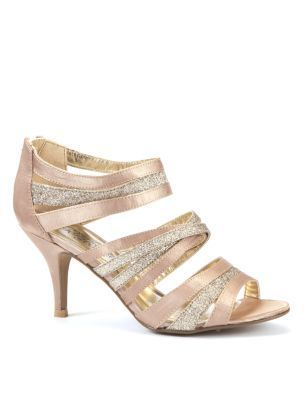 1000  images about Shoes on Pinterest | Satin, Champagne heels and ...