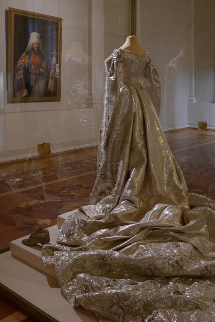 coronation gown of empress alexandra feodorovna from the