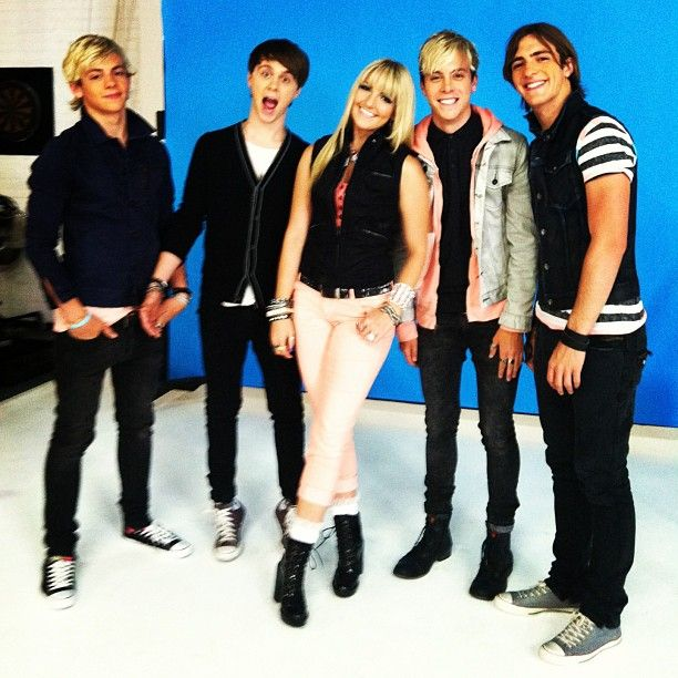 bop and tigerbeat. smile! from stormiestylesr5