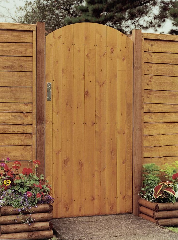 Side Entry Arch Gate Pressure Treated Timber Gates