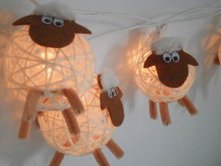 Eine wunderschöne Idee für eine Lichterkette habe ich hier gefunden: Schäfchen als Lichterkette Die habe ich natürlich sofort für meinen So...