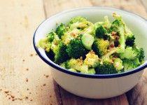 Gestoomde broccoli salade