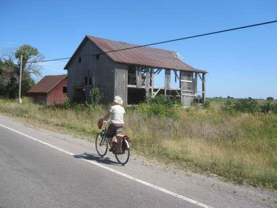 #MondayMotivation Destination Prince Edward County, Ontario https://urbancommuter.wordpress.com/2012/08/14/destination-prince-edward-wine-county-ontario/?utm_content=buffer62eb0&utm_medium=social&utm_source=facebook.com&utm_campaign=buffer #BayofQuinte cycling