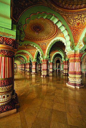 Mysore Palace. Karnataka.India»✿❤❤✿«☆ ☆ ◦●◦ ჱ ܓ ჱ ᴀ ρᴇᴀcᴇғυʟ ρᴀʀᴀᴅısᴇ ჱ ܓ ჱ ✿⊱╮ ♡ ❊ ** Buona giornata ** ❊ ~ ❤✿❤ ♫ ♥ X ღɱɧღ ❤ ~ Fr 27th Feb 2015