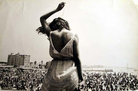 DennisStock . Venice Beach Rock Festival . 1968