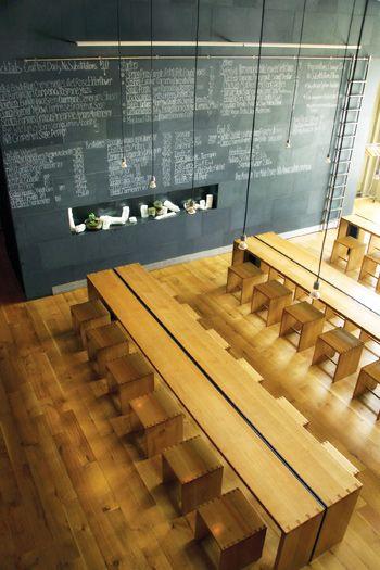 Best 25 Restaurant Tables Ideas On Pinterest Cafe Design Restaurant Seating And Bistro Design