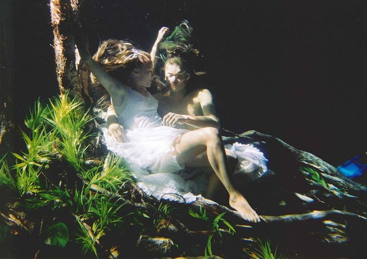 Linda Rybova and Dan Barta during shooting underwater realm in Wild Flowers. #WildFlowers #Erben #Waterman #Kytice #Vodnik #LindaRybova #DanBarta