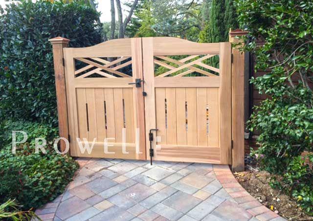 Premier colonial garden gate 23 artistic touches for for International decor gates