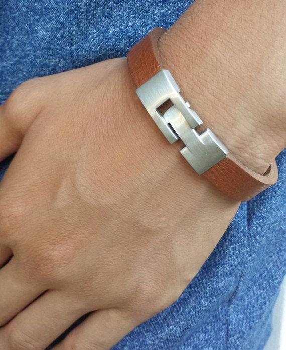 Graver un libre expédition personnalisée hommes Bracelet, Bracelet pour homme, Bracelet manchette, Bracelet, Bracelet en cuir homme, Bracelet cuir homme