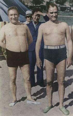 Atatürk ve Salih Bozok Florya'dalar