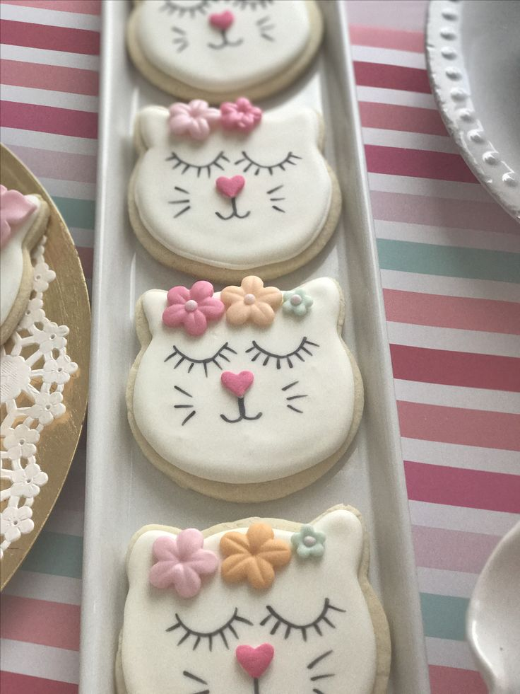Kitty cookies