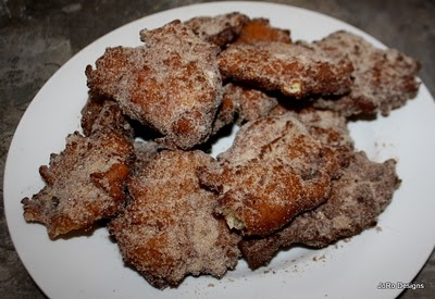 Malacadas (Portuguese Donuts)  Similar to what my mom makes, we call them felozes!! Glad I can't make them!!
