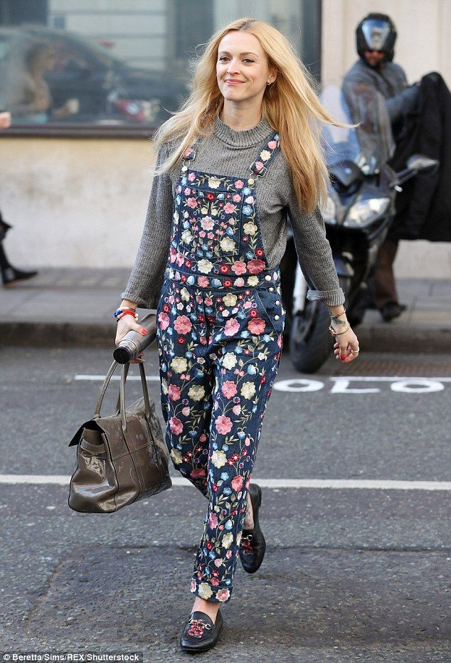 Flirty in florals: Fearne Cotton, 35, looked delightful in a pair of ditzy floral denim du...