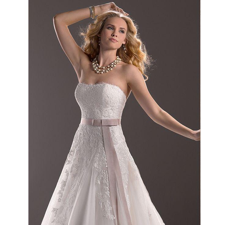 186 best images about wedding dresses on pinterest for Wedding dresses for big hips