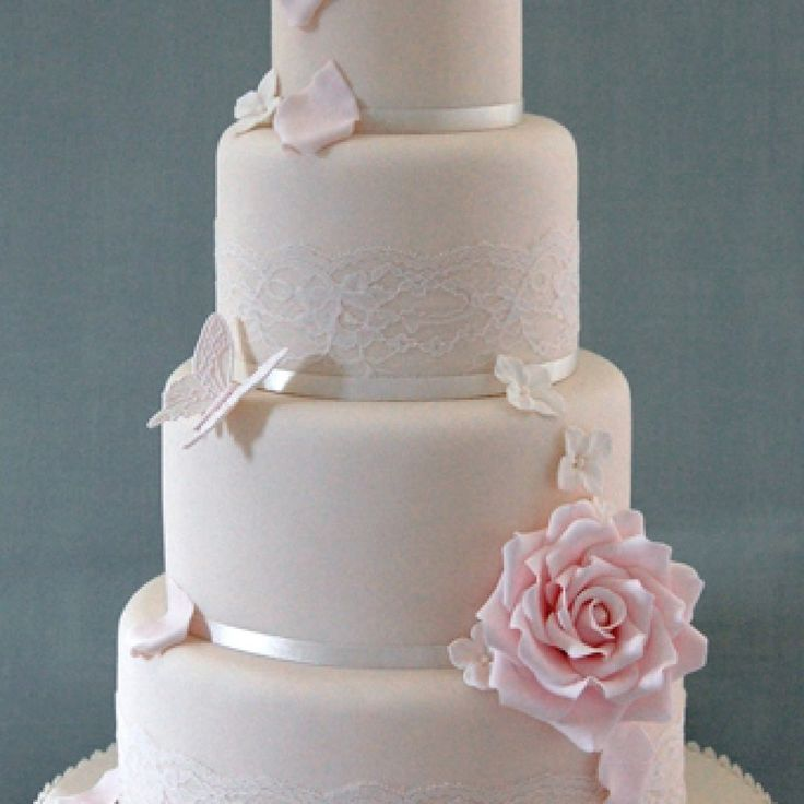 how to make a wedding cake out of cupcakes best 25 wedding cakes ideas on wedding 15896