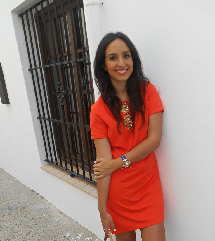 http://unachicasual.blogspot.com.es/2014/08/tangerine-dress.html  fashionblogger, me, girl, inspiration, ootd, outfit, look, orange, naranja, vestido, dress, primark, sandals, sandalias, cangrejeras, capazo, cesta, dorado, oro, gold, collar, necklace