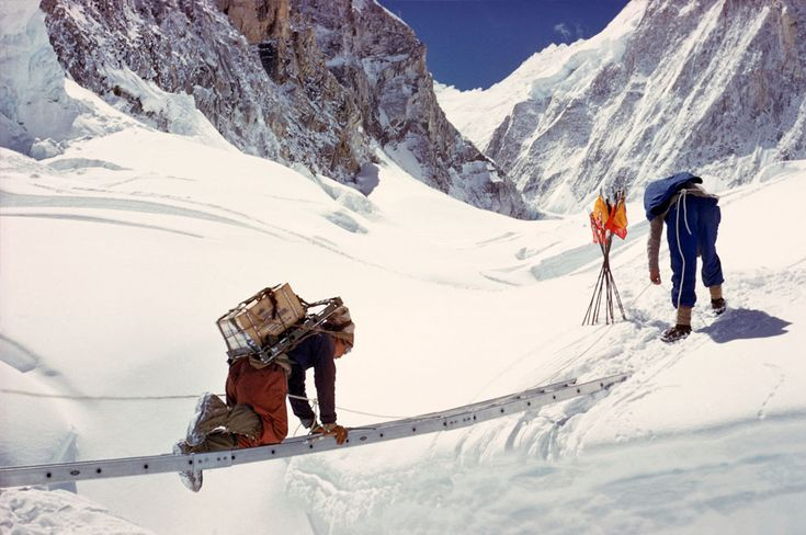 Crossing The Crevasse - The Western Cwm    Courtesy of Alfred Gregory Archive. Source Photographica. All rights reserved.