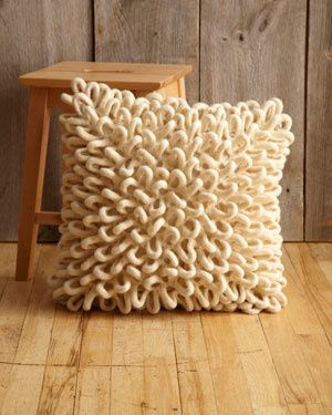 Free Knitting Pattern - Pillows, Cushions & Covers: Felted Little Loops Pillow