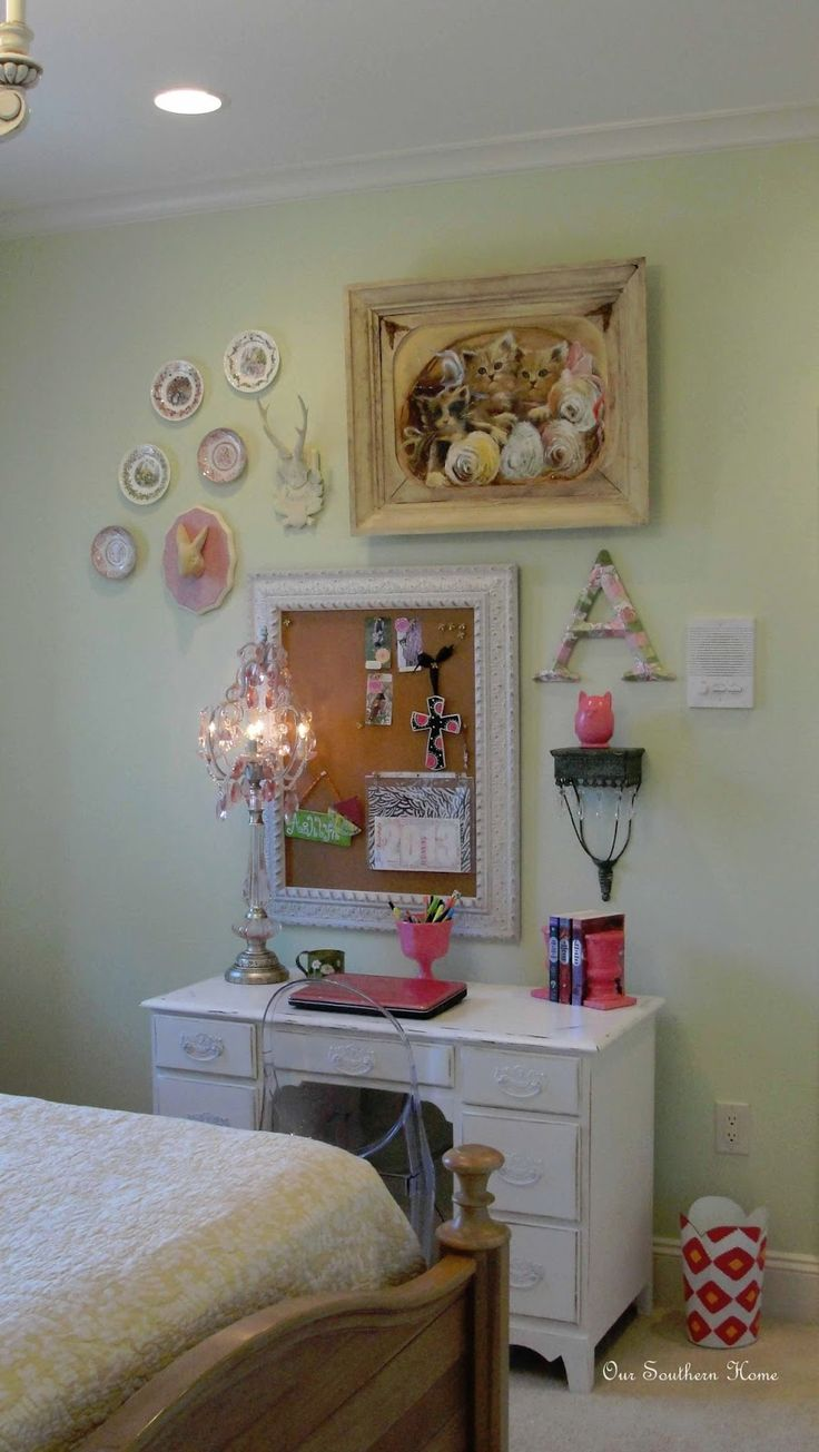 teen girl's room with vintage study area