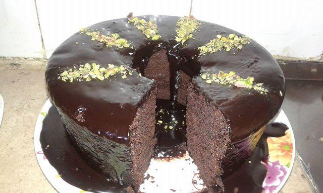 كاتو الشاتوه كيك الشوكولاتة مع صوص الشوكولاته Lebanese Recipes Food Desserts