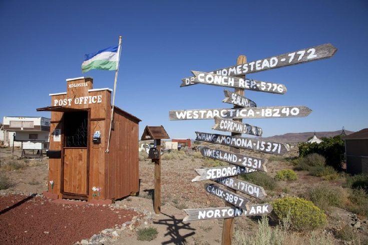 Berikut ini beberapa kantor pos yang paling unik di penjuru dunia, dari yang terkecil hingga lokasinya yang tak biasa.     #kantorpos #kantor #destination