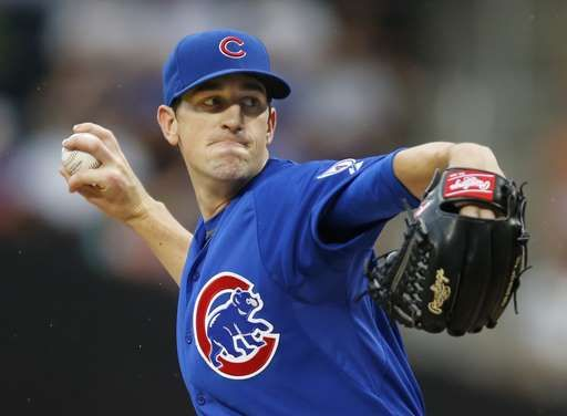 Chicago Cubs starting pitcher Kyle Hendricks (28) delivers in the first inning of a baseball game against the New York Mets in New York, Tuesday, June 30, 2015.  - © AP Photo/Kathy Willens