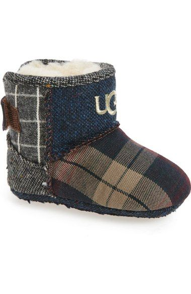ugg boots style aiden